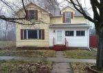 Foreclosed Home en W DOUGLAS ST, Freeport, IL - 61032