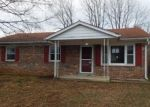 Foreclosed Home en PINEWOOD DR, Nicholasville, KY - 40356