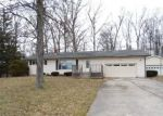 Foreclosed Home en W GIER RD, Adrian, MI - 49221