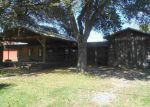 Foreclosed Home en 2ND ST, Beaumont, TX - 77705