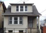 Foreclosed Home en DENMAN PL, Irvington, NJ - 07111