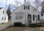 Foreclosed Home en CRESTWOOD RD, Toledo, OH - 43612