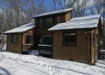 Foreclosed Home en JULIAN TER, East Stroudsburg, PA - 18301
