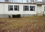 Foreclosed Home en OAK SPRINGS RD, Nunnelly, TN - 37137