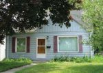 Foreclosed Home en S 35TH ST, Milwaukee, WI - 53221