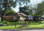 Foreclosed Home en MUNSON CT, Angleton, TX - 77515