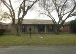 Foreclosed Home en S 7TH ST, La Porte, TX - 77571