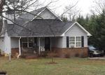 Foreclosed Home en HOYT ST, Cornelia, GA - 30531
