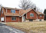 Foreclosed Home en LYLE LN, Germantown, WI - 53022