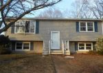 Foreclosed Home en PAGE ST, Warwick, RI - 02889