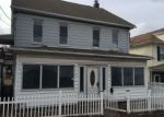 Foreclosed Home en N CHURCH ST, Hazleton, PA - 18201