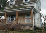 Foreclosed Home en E 8TH ST, The Dalles, OR - 97058