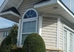 Foreclosed Home in SUGAR PINE LN, Bay Shore, NY - 11706