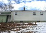 Foreclosed Home en OLIVER AVE, Waterbury, CT - 06705