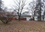 Foreclosed Home en OSBURN DR, Tecumseh, MI - 49286