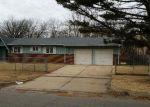 Foreclosed Home en N EDGEMOOR ST, Wichita, KS - 67208