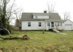 Foreclosed Home en BOULDER RD, Carlyle, IL - 62231