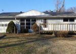 Foreclosed Home en PIN OAK LN, Belleville, IL - 62226