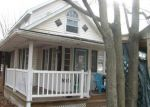 Foreclosed Home en W THIRD ST, Mackinaw, IL - 61755
