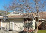 Foreclosed Home en CLOVERPLACE DR, Palm Harbor, FL - 34684