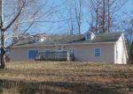 Foreclosed Home en CLIFF HANGER RD, Savannah, TN - 38372