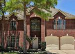 Foreclosed Home en VALLEY CREEK DR, Houston, TX - 77095