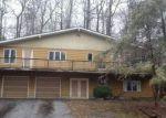 Foreclosed Home en CRESCENT DR N, Andover, NJ - 07821
