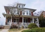 Foreclosed Home en PINE ST, Norristown, PA - 19401
