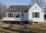 Foreclosed Home en MAIN ST, Ashaway, RI - 02804
