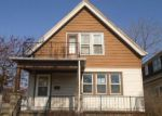 Foreclosed Home en W RICHMOND AVE, Milwaukee, WI - 53210