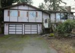 Foreclosed Home en 111TH AVENUE CT E, Puyallup, WA - 98374