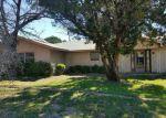 Foreclosed Home en THOMPSON LN, Blum, TX - 76627