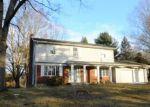 Foreclosed Home en LEXINGTON DR, Manchester, CT - 06042