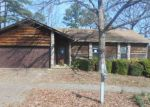 Foreclosed Home en PLEASANT FOREST DR, Little Rock, AR - 72212