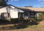 Foreclosed Home en VICKSBURG ST, Deltona, FL - 32725