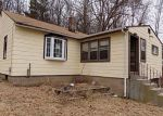 Foreclosed Home en STONEHOUSE RD, Coventry, CT - 06238
