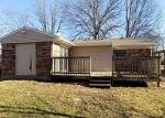 Foreclosed Home en WINDY WILLOW DR, Louisville, KY - 40241