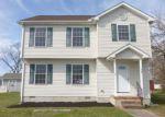 Foreclosed Home en W RAILROAD AVE, Felton, DE - 19943