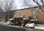 Foreclosed Home en LAKE HINSDALE DR, Willowbrook, IL - 60527