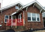 Foreclosed Home en AUBURN ST, Rockford, IL - 61103