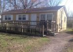 Foreclosed Home in NEW MAPLE RD, Louisville, KY - 40229
