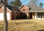 Foreclosed Home in BERKELEY DR, Shreveport, LA - 71129