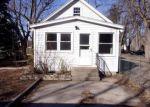 Foreclosed Home en E 24TH ST, Holland, MI - 49423