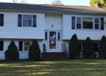 Foreclosed Home en HIGHLAND AVE, Hackettstown, NJ - 07840