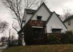 Foreclosed Home en HIGHLAND AVE, Hillside, NJ - 07205
