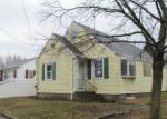 Foreclosed Home en DOANE ST, Cranston, RI - 02910