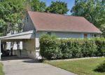 Foreclosed Home en RIVERSIDE DR, Pequannock, NJ - 07440