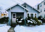 Foreclosed Home en DOUGLAS ST, Hartford, CT - 06114