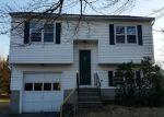 Foreclosed Home en W PEARL RD, Torrington, CT - 06790