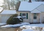 Foreclosed Home en ELSIE ST, Torrington, CT - 06790